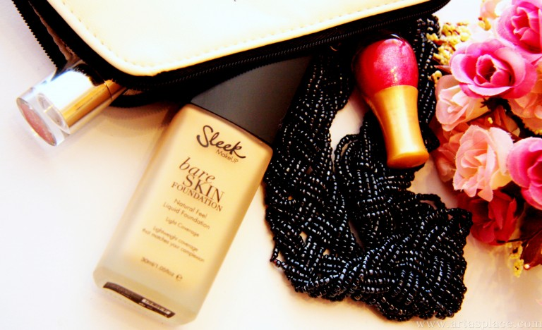 Atsauksme: Sleek Bare Skin Foundation